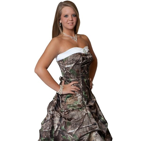 realtree camo wedding gown with detachable train camo Realtree Camouflage Wedding Dresses