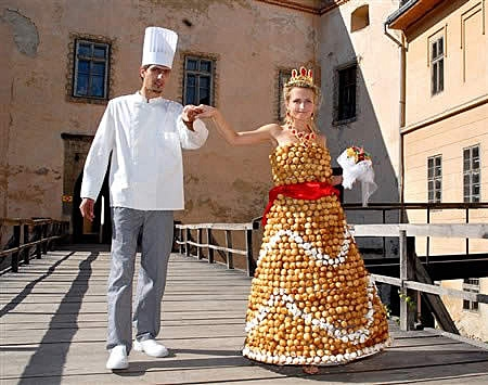 the 14 craziest wedding dresses that should have never Craziest Wedding Dresses