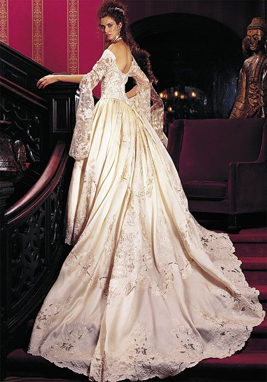 st pucchi oldies but goodies this was my st pucchi St Pucchi Wedding Dresses