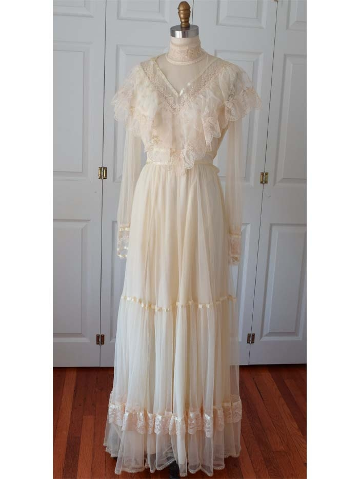 1970s gunne sax lace and tulle edwardian style wedding dress Gunne Sax Wedding Dress
