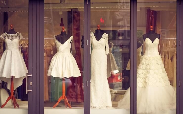 4 amazing places to rent a wedding dress for your big day Renting Wedding Dresses