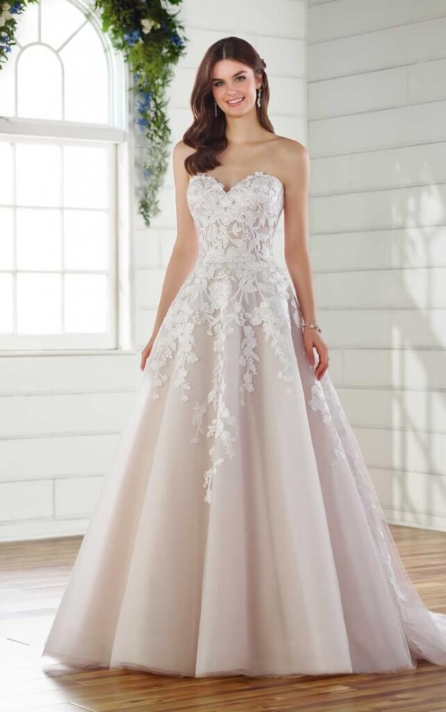 best wedding dresses for pear shaped brides pretty happy Pear Shaped Wedding Dress
