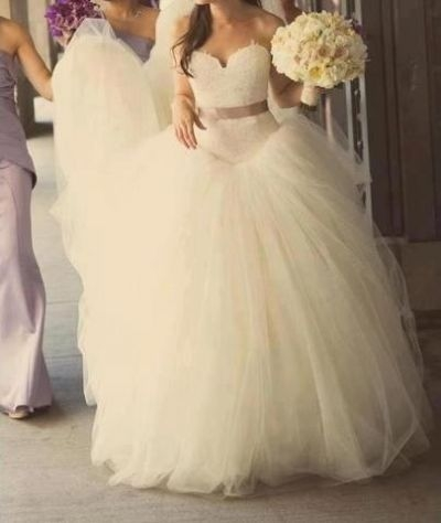 kate hudson wore that same vera wang dress in bride wars and Kate Hudson Wedding Dress In Bride Wars