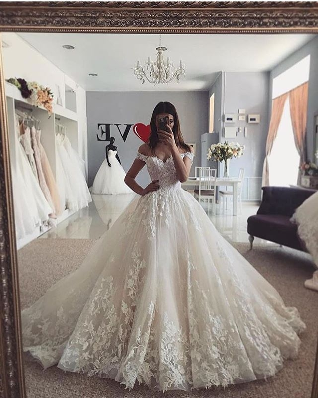 Beautiful be the talk of the town in this gorgeous gown get inspired Pretty Lace Princess Wedding Dress Inspirations