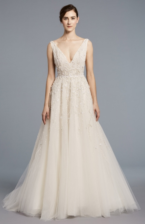 Cool lace v neck bodice tulle skirt a line wedding dress Lace Tulle Wedding Dress