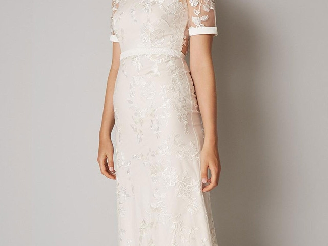 Cozy 21 wedding dresses for older brides top tips and advice Trendy Mature Wedding Dresses Ideas