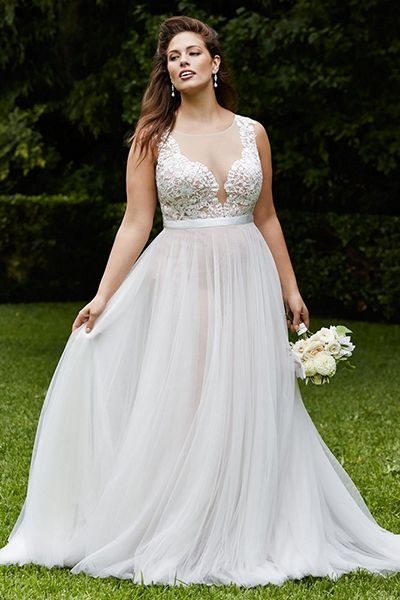 Elegant 25 wedding dresses that are perfect for curvy brides Pretty Beach Wedding Dresses Plus Size Designs