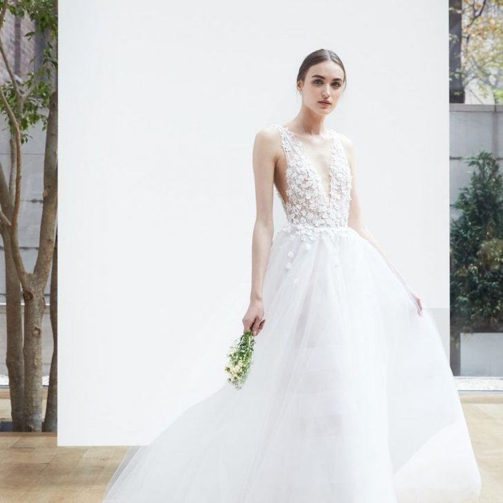 Permalink to Wedding Dresses For Pear Shape Ideas