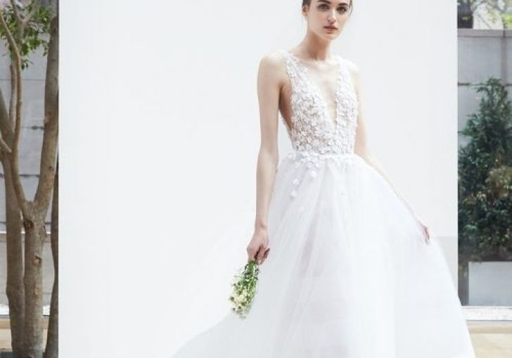 Permalink to 10 Wedding Dresses For Pear Shaped Ideas