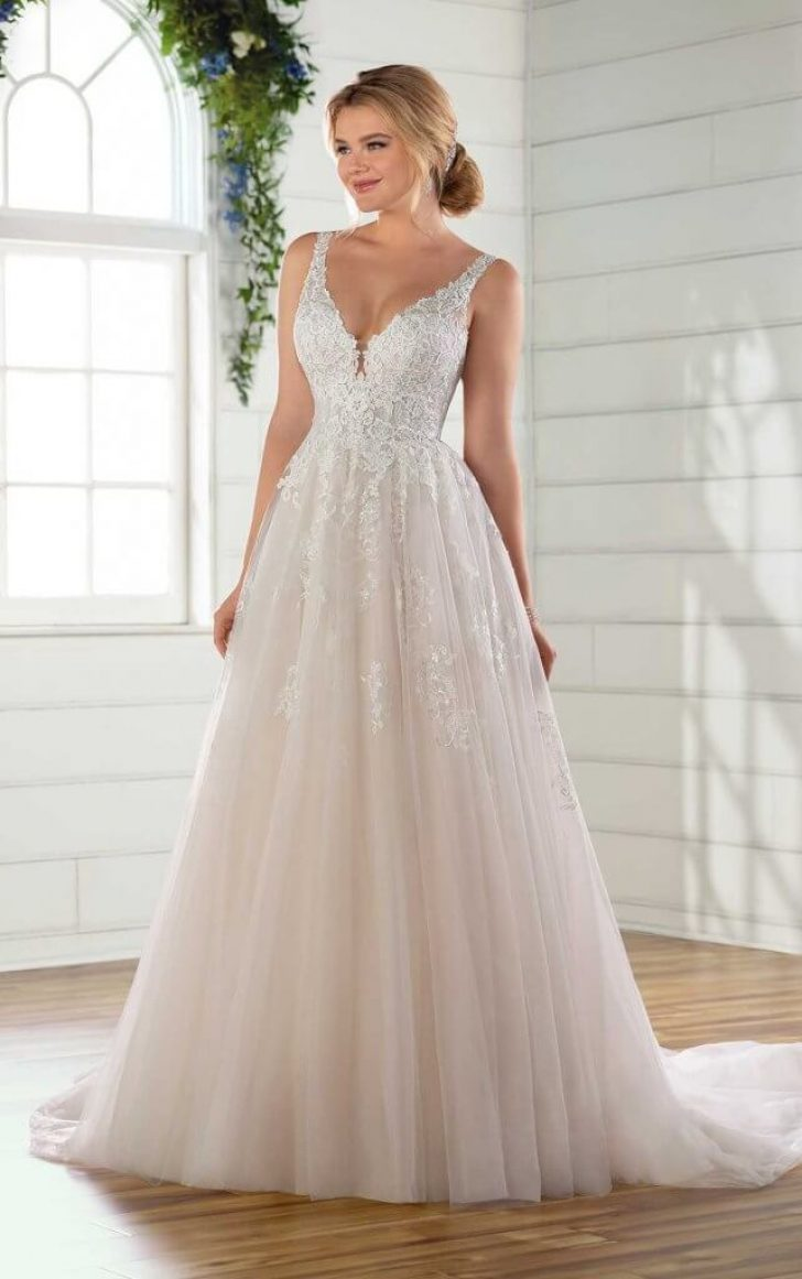 Permalink to Stunning Wedding Dresses For Hourglass Figures