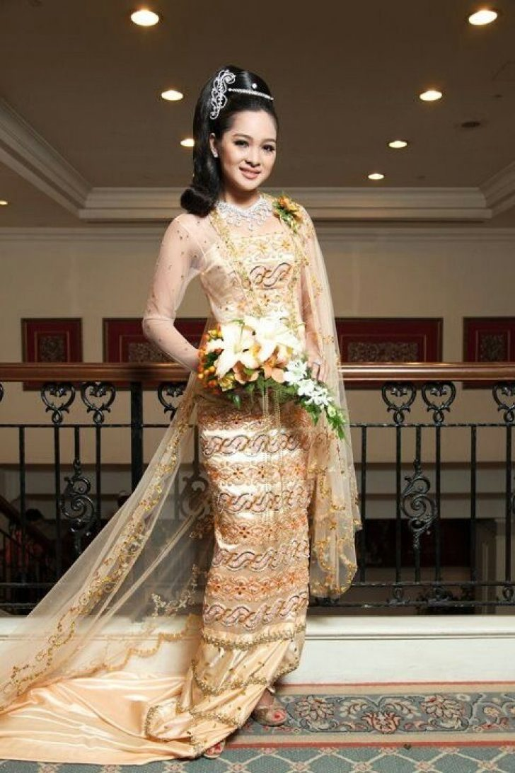 Permalink to 11 Burmese Wedding Dress Gallery