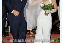 carolyn bessette kennedy wedding dress celebrity open back Carolyn Bessette Kennedy Wedding Dress