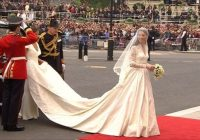 david sillito reports on kate middletons wedding dress Sarah Burton Wedding Dresses