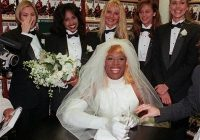 dennis rodman wedding dress startattle Dennis Rodman In A Wedding Dress