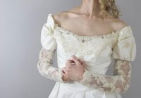 Elegant designer vintage priscilla of boston wedding gown long lace sleeves never worn original tags size small Priscilla Of Boston Wedding Dress Choices