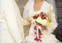 finding traditional mexican wedding dresses lovetoknow Traditional Mexican Wedding Dresses