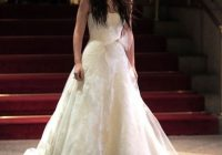 first look at blair waldorfs wedding dress in gossip girl Blair Waldorf Wedding Dress