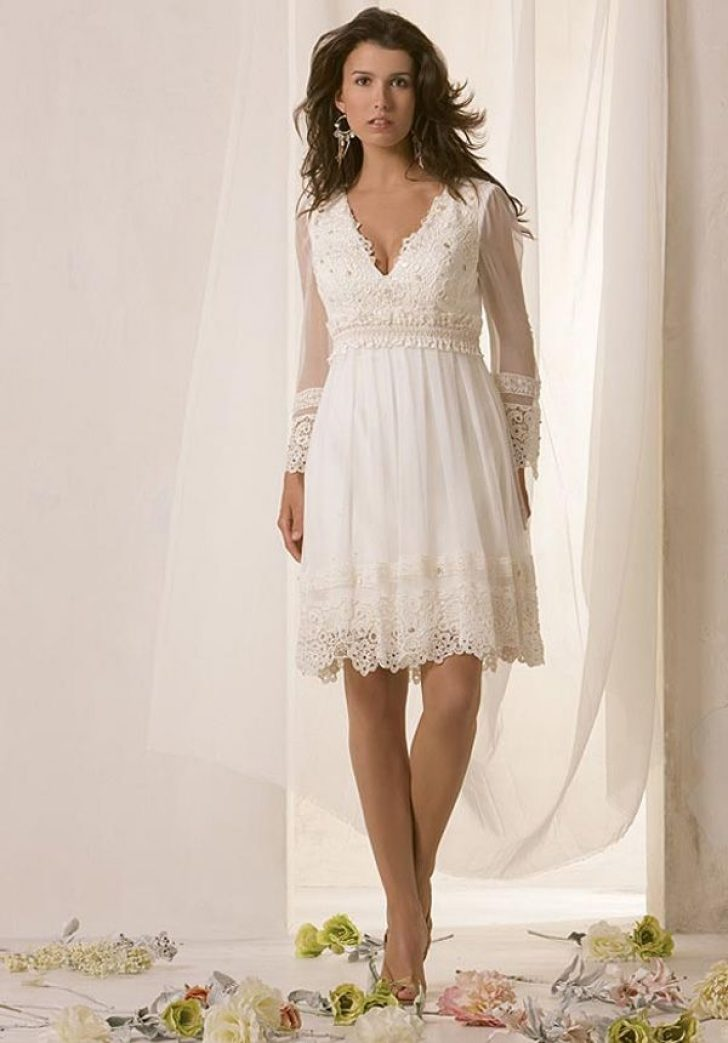 Permalink to Stylish Casual Wedding Dresses For Older Brides Ideas