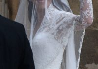 kate middletons wedding dress kate middleton sarah burton Sarah Burton Wedding Dresses