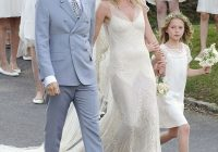 kate moss the bride wearing cream wedding dress john John Galliano Wedding Dresses