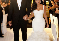 kim kardashian in vera wangs wedding dress in 2020 most Vera Wang Kim Kardashian Wedding Dress
