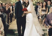monica geller in friends sandals in 2020 movie wedding Monica Geller Wedding Dress