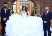 my big fat gypsy wedding gown is made from 1200ft of fabric My Big Fat American Gypsy Wedding Dresses