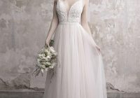 shopping guide 8 wedding dress designers collections Inexpensive Wedding Dress Designers