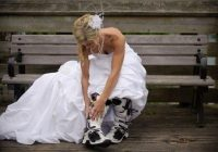 wedding dress and motorcycle boots very cute need a Dirt Pretty Wedding Dresses