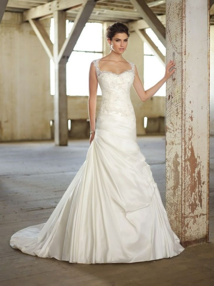 Permalink to Stunning Wedding Dresses For Petite Brides Gallery