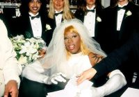 what the f facts on twitter dennis rodman received 10 Dennis Rodman Wedding Dress