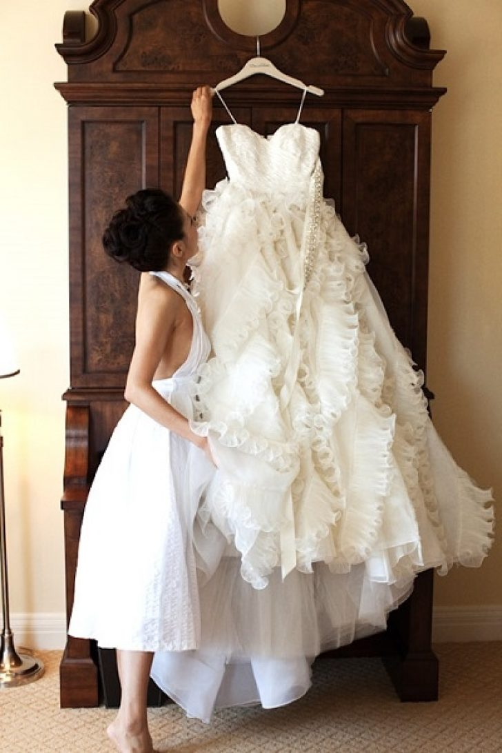 Permalink to 11 Secondhand Wedding Dress Gallery