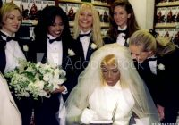 world champion chicago bulls forward dennis rodman in Dennis Rodman In A Wedding Dress